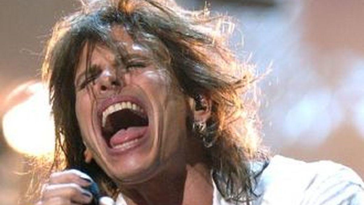 El vocalista de Aerosmith, Steven Tyler, deja la banda y ya le buscan sustituto.