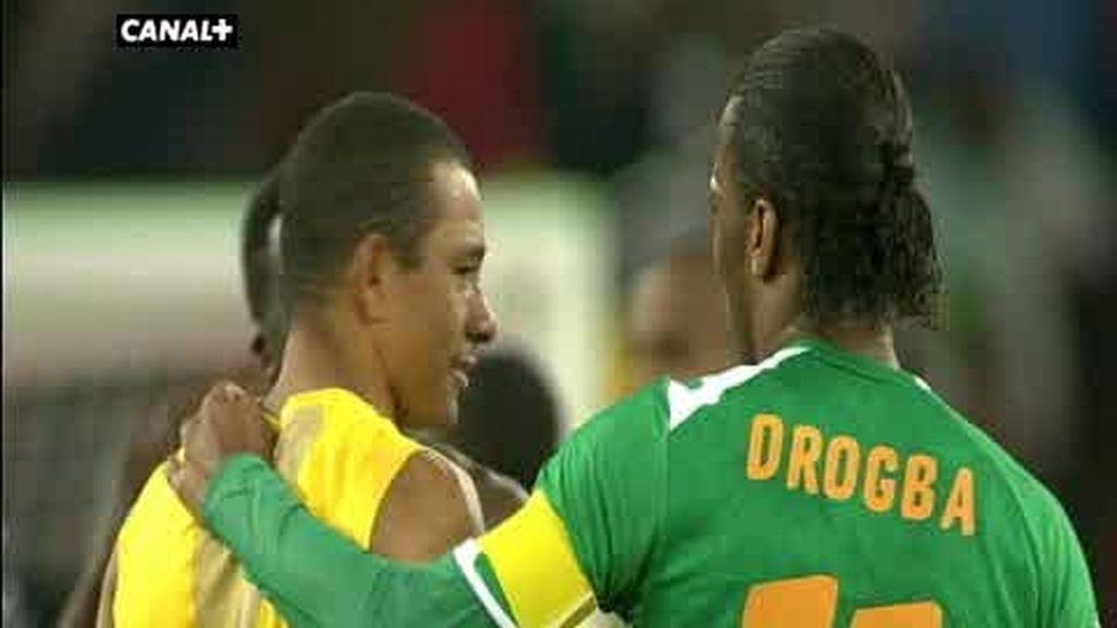 Grupo G: Brasil 3 - 1 Costa de Marfil