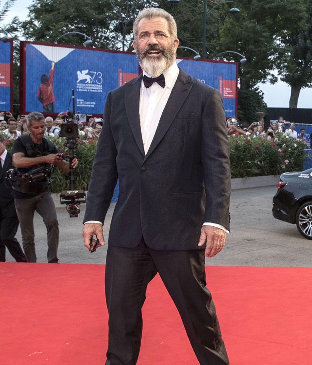 Mel Gibson, con barba, presentaba en Venecia 'Hacksaw Ridge'