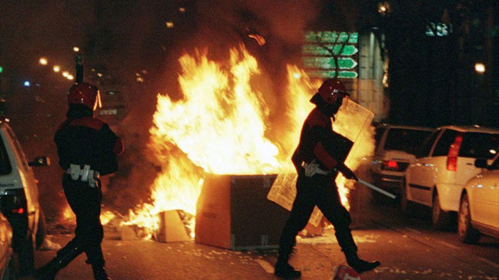 La Ertzaintza dispersa un acto de violencia callejera