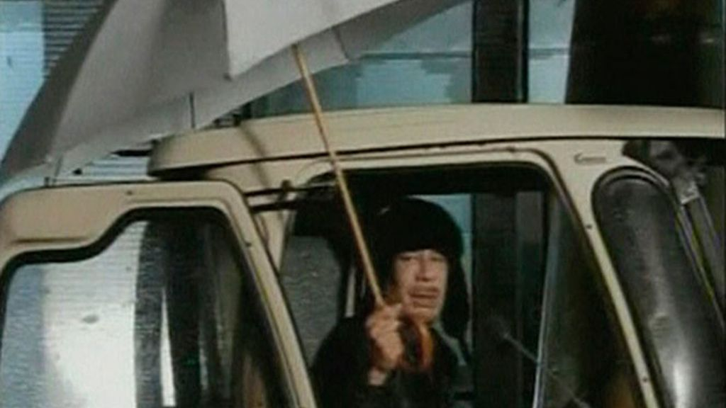 Gadafi está en Trípoli
