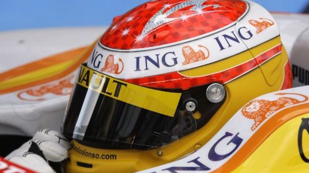 Alonso, en los entrenamientos en Portimao. Foto: AP