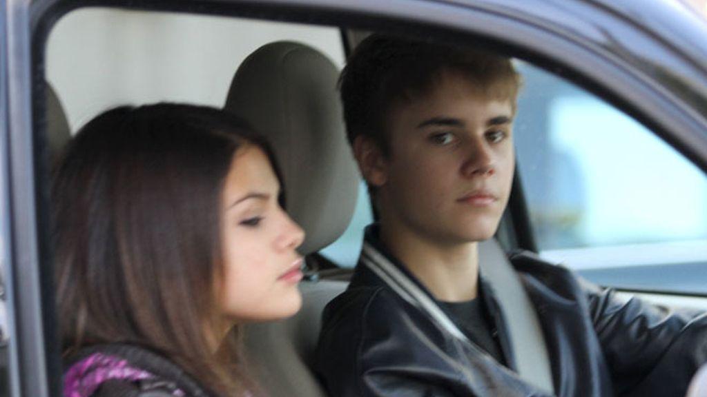 Justin Bieber celebra su 17 cumpleaños junto a Selena Gómez