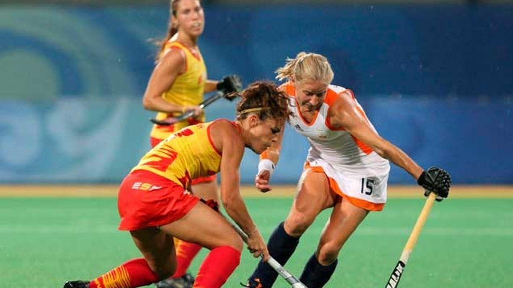 La selección española femenina de hockey sobre hierba pierde 2-0 ante Holanda