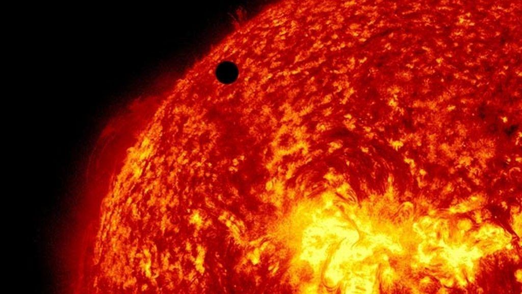 Gigantescas explosiones podrían tragarse Venus