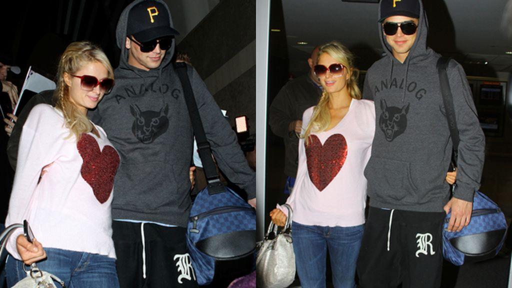 Paris Hilton y su novio, los más chandaleros