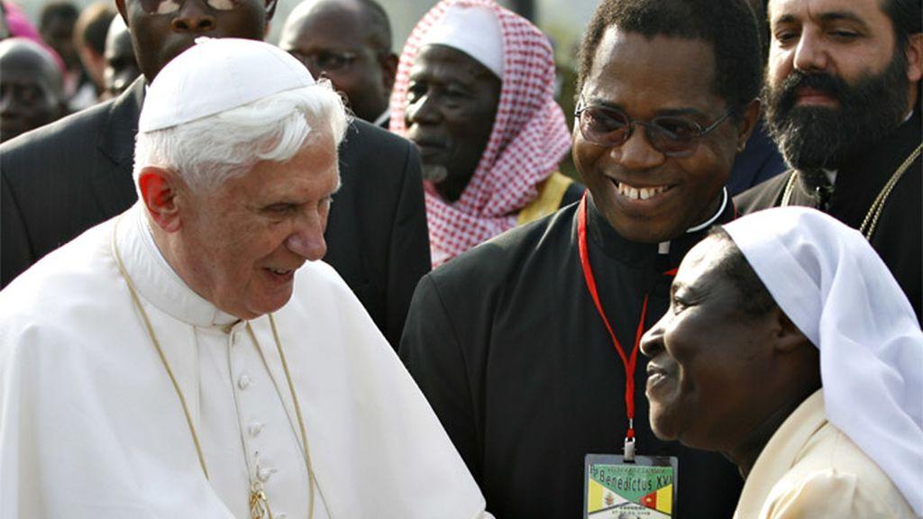 El Papa a su llegada a Camerún