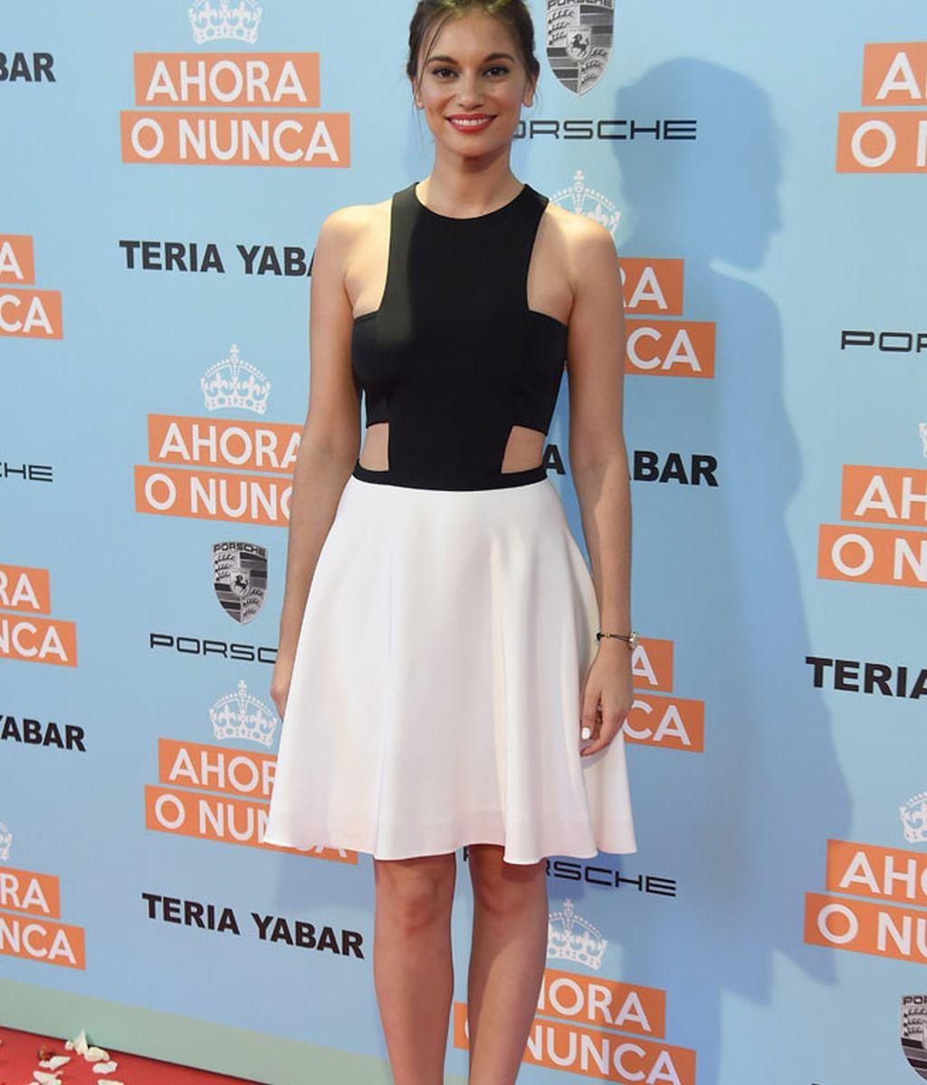 La actriz Norma Ruíz con vestido 'crop top' black&white