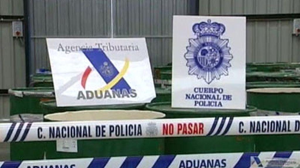 Intervenida una tonelada de cocaína disuelta en pulpa de fruta en Bilbao