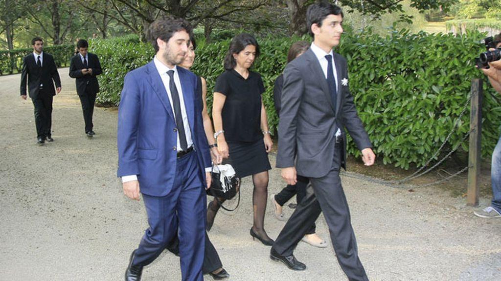 Carmen Botín y sus hijos se despiden de Emilio Botín