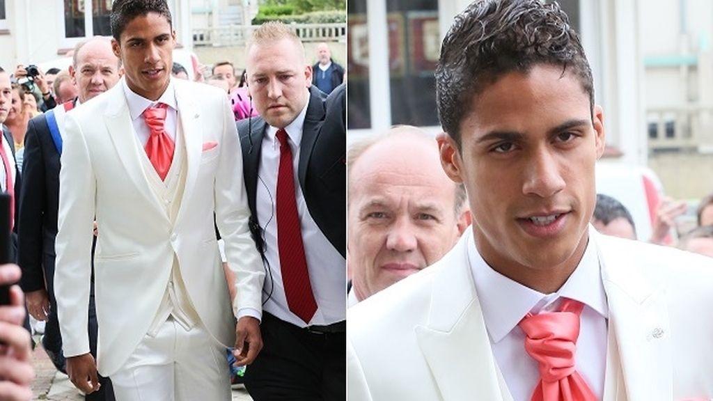 Vistiendo de blanco hasta en su propia boda