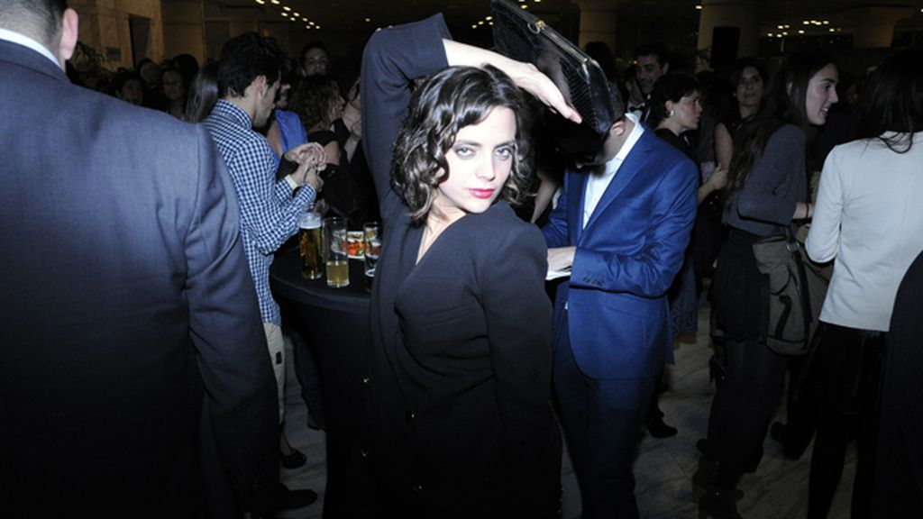 Macarena Gómez celebrando la primera gran noche de nuestro cine