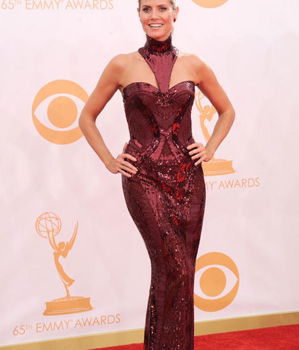 Heidi Klum lució un vestido corte sirena con paillettes