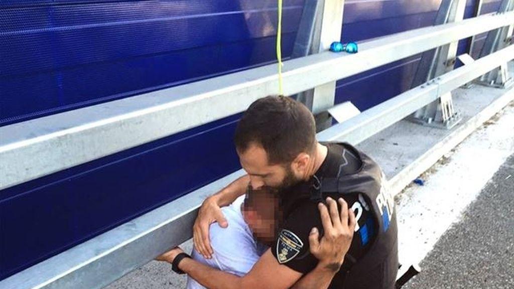 Un Policía Local de Palma salva a un hombre de quitarse la vida