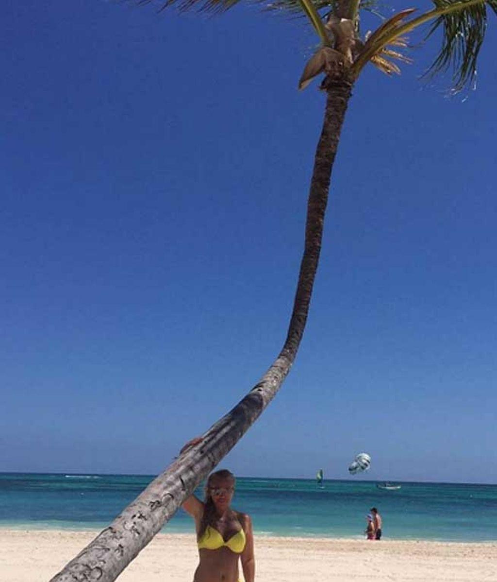 Cocos, palmeras y su 'Miguel': las vacaciones caribeñas de Belén Esteban
