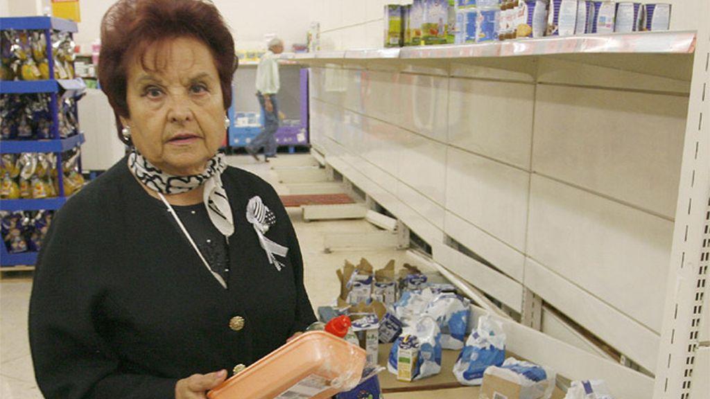 Una mujer en el supermercado