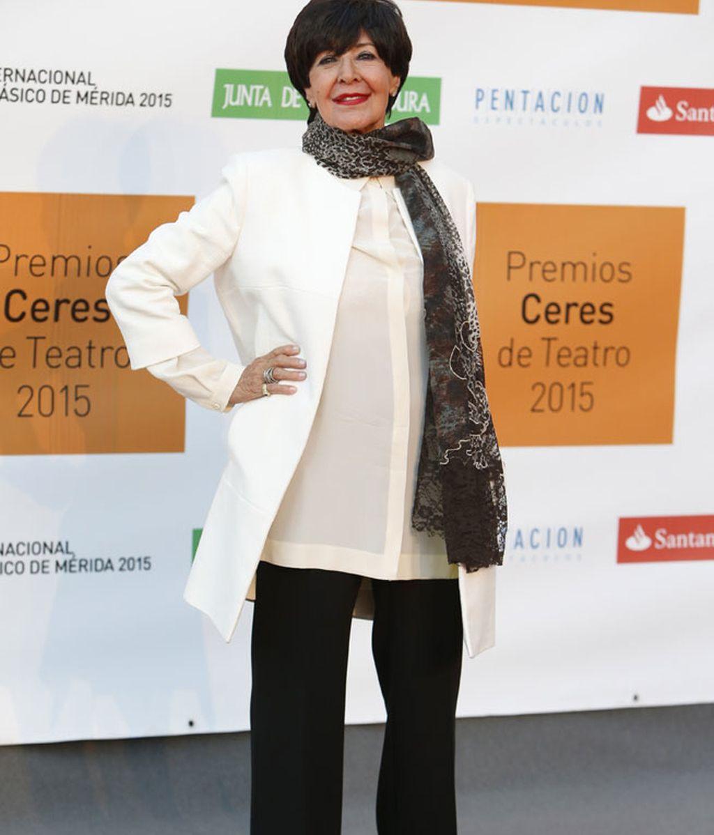Concha Velasco entregó el premio de honor a José Sacristán