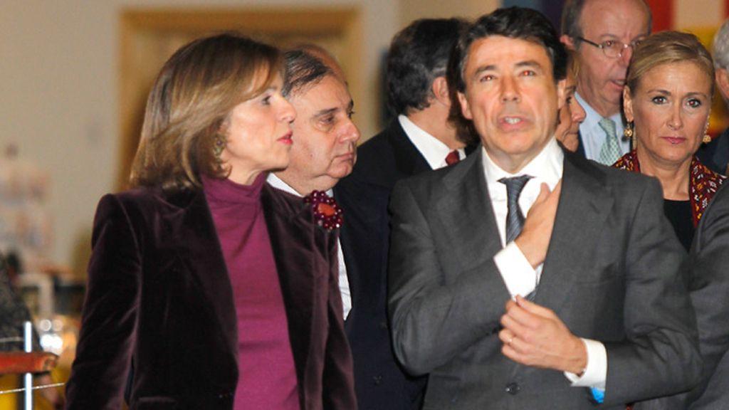 Cristina Cifuentes acompañó a la alcaldesa y al presidente de la Comunidad de Madrid