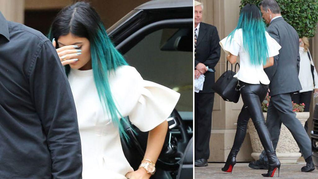 Kylie Jenner presumió de pelo azul