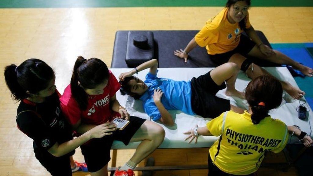 La jugadora de bádminton taillandesa Ratchanok Intanon entrena para el oro en las Olimpiadas