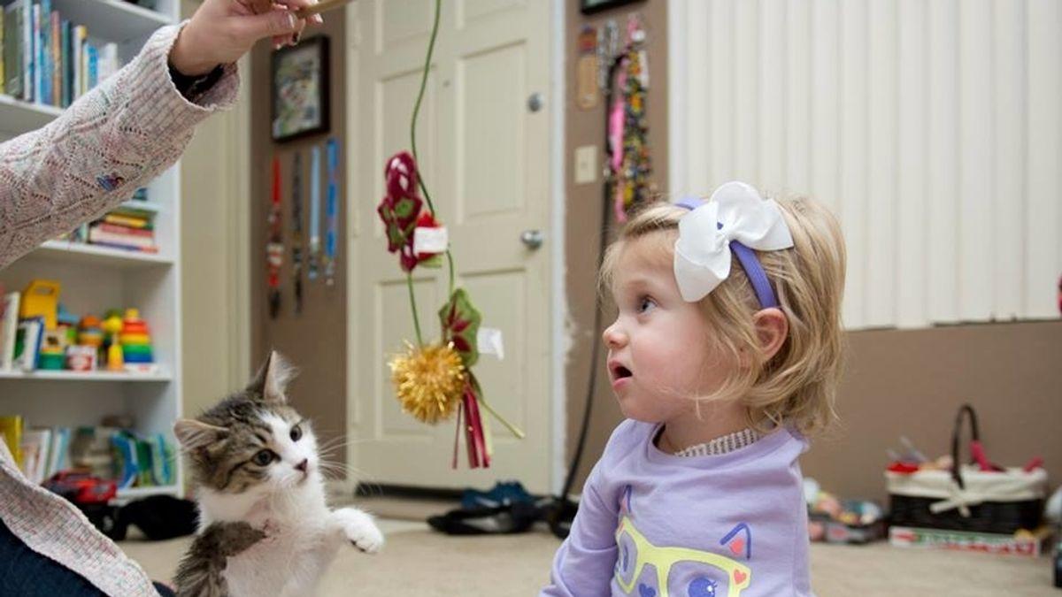 Scarlett y su gato Doc