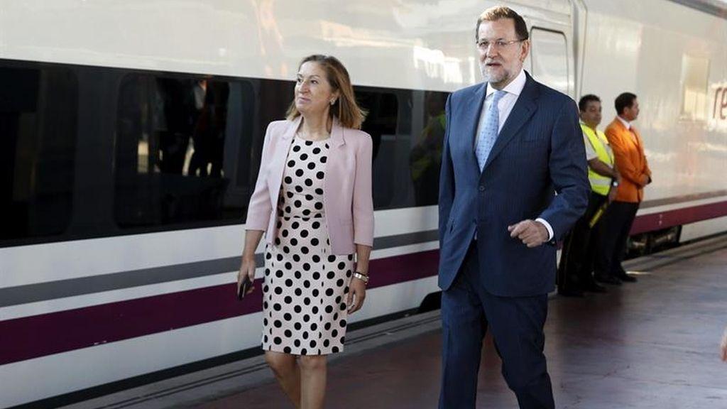 Rajoy inaugura el AVE a Palencia y León con Ana Pastor