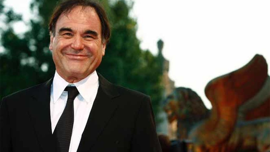El director de cine Oliver Stone en el Festival de Venecia de 2006