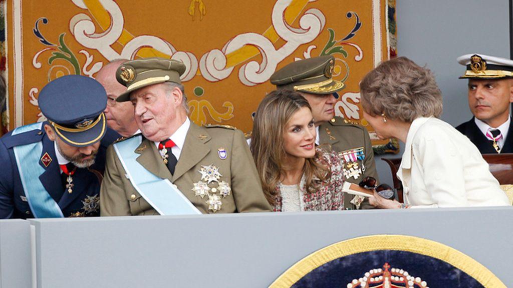 Gestos de complicidad entre los miembros de la Familia Real