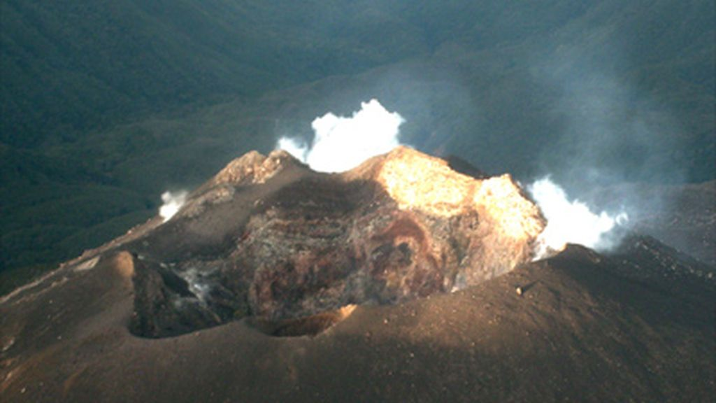 La erupción del volcán Galeras en Colombia provoca la evacuación de 8.000 personas