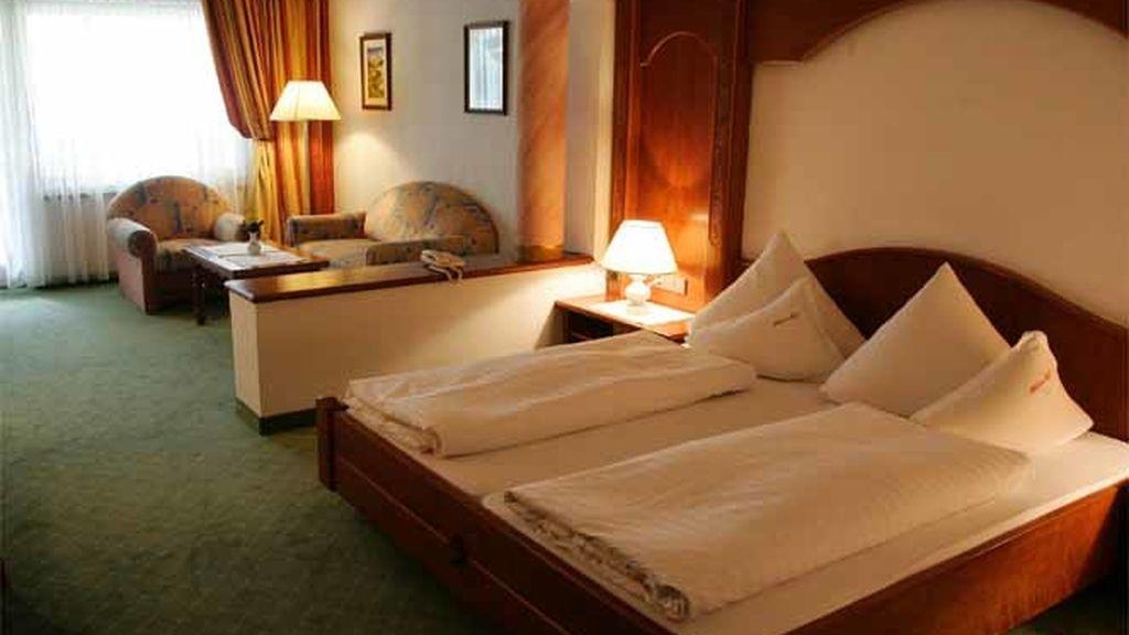"""Una suite del hotel """"Milderer Hof"""" en Tirol, Austria."""