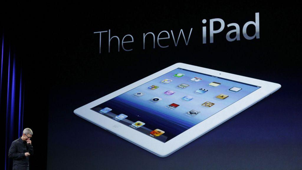 Tim Cook en la presentación del nuevo tablet de Apple.