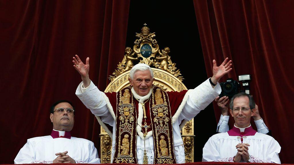 El Papa imparte la bendición Urbi et Orbi