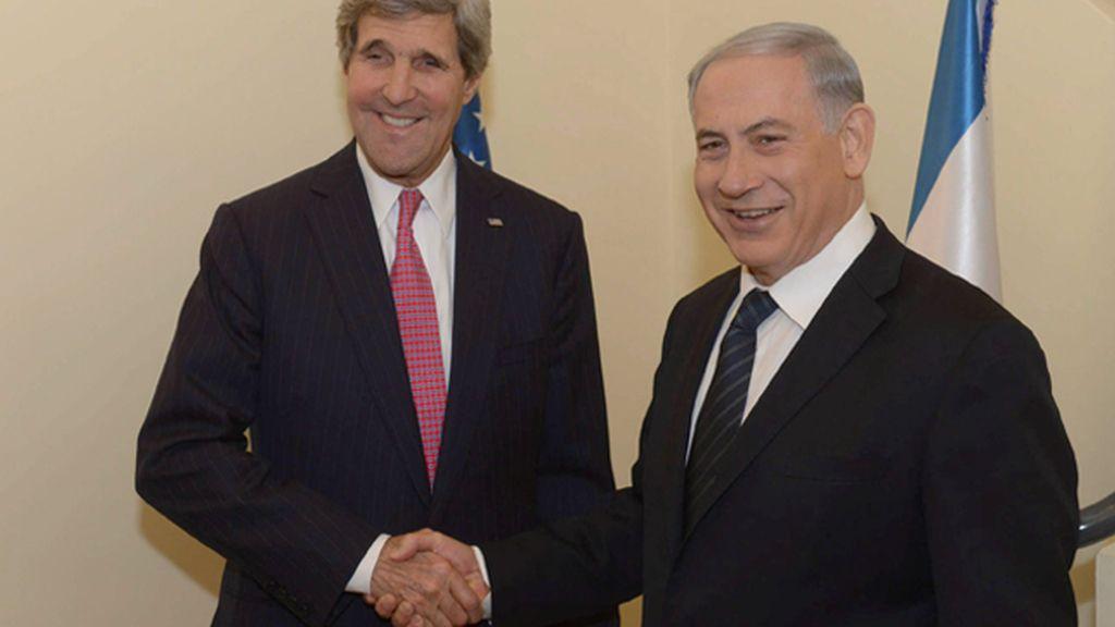 Kerry informa de progresos hacia un acuerdo de paz entre israelíes y palestinos
