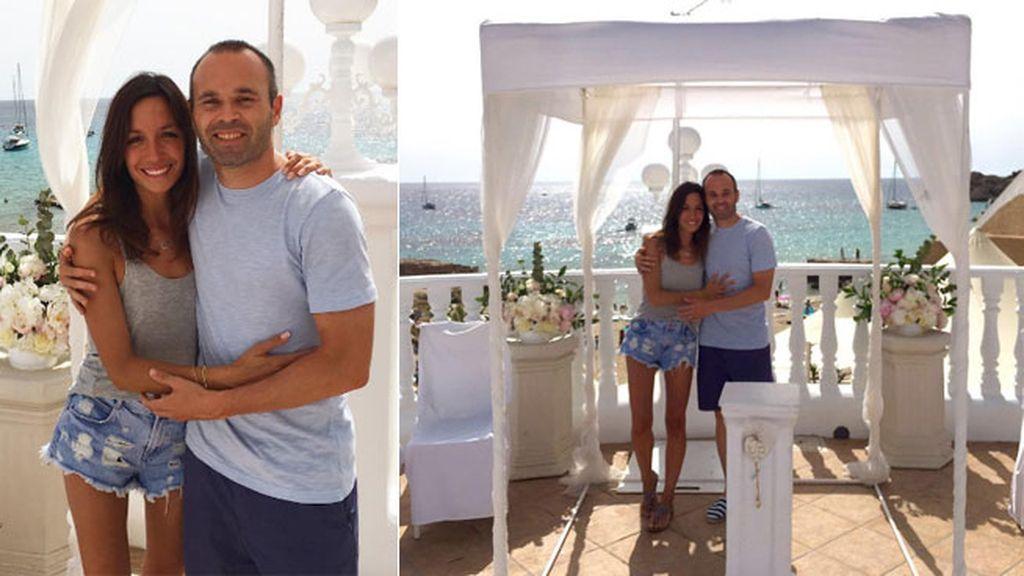 """""""Cuatro años después volvemos"""", han celebrado su aniversario de boda en Tarragona"""