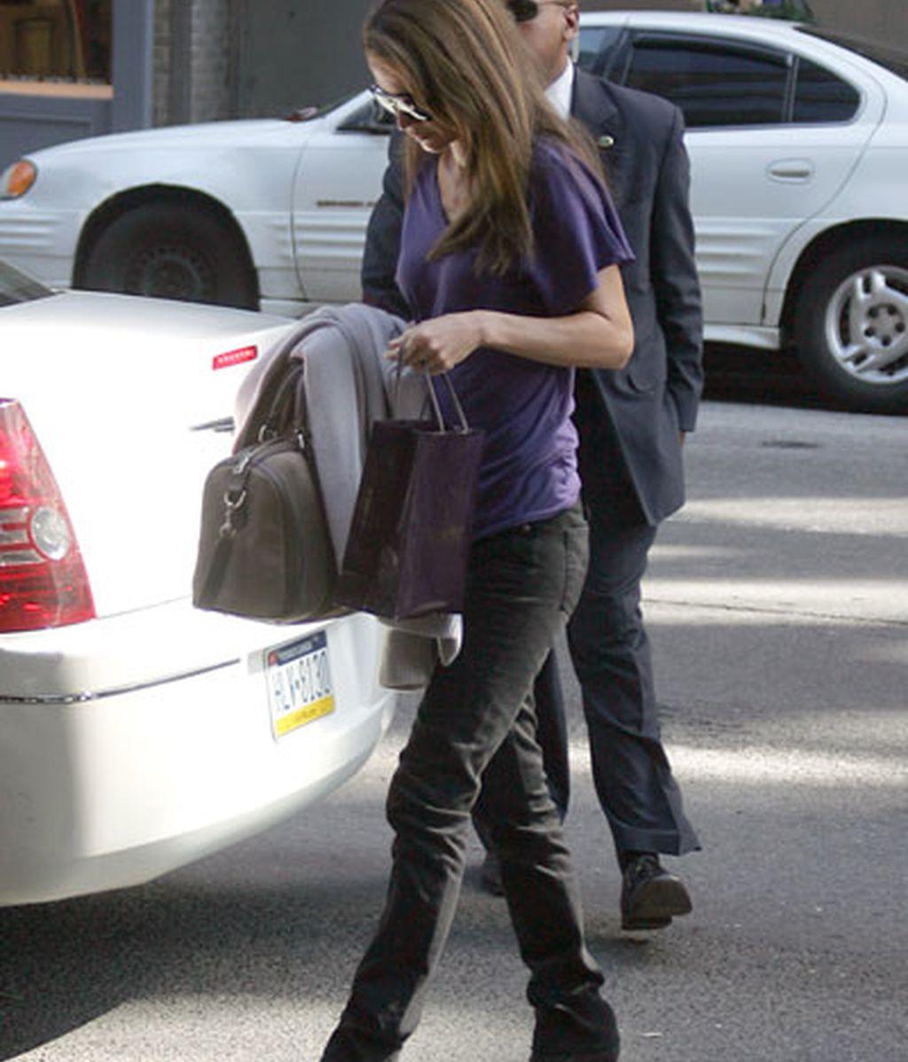 Rania reaparece tras la operación
