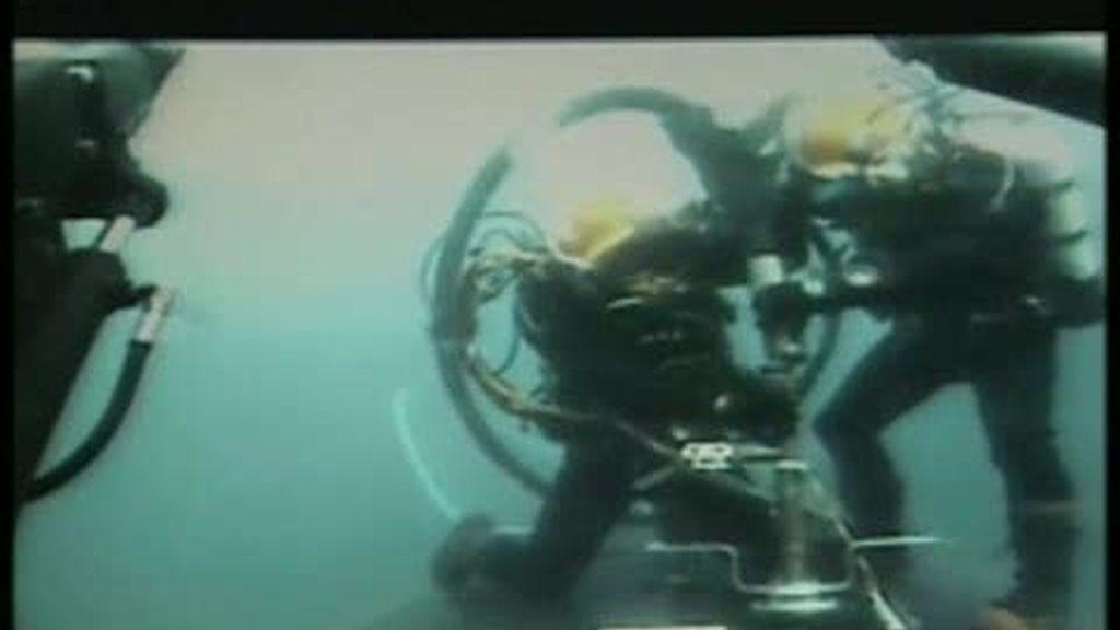 Simulacro de salvamento de un submarino