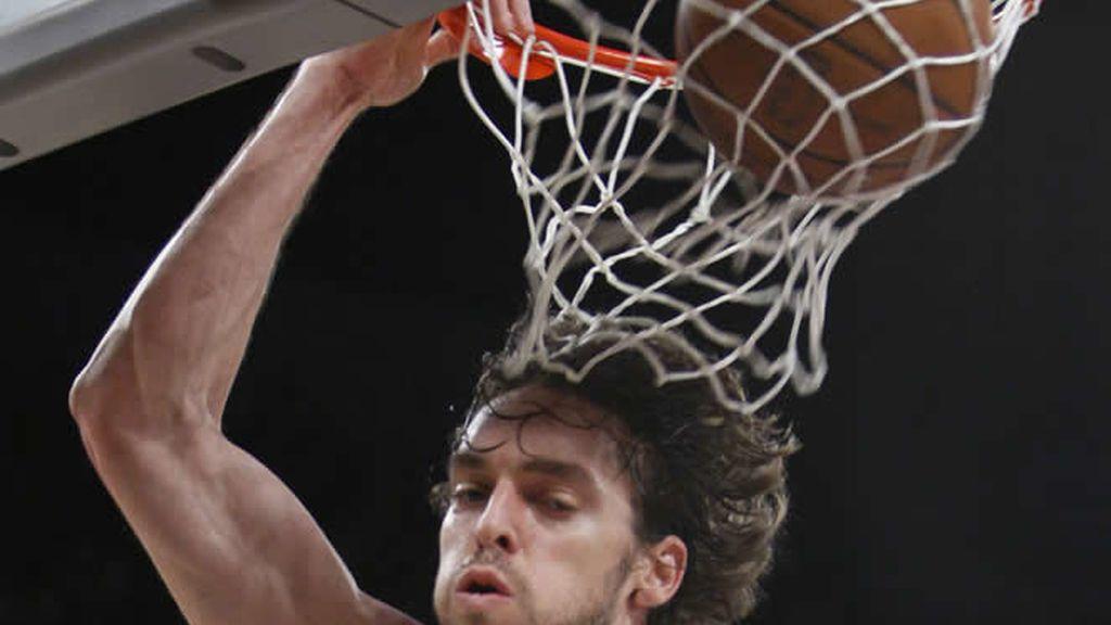 Gasol da un nuevo triunfo a los Lakers