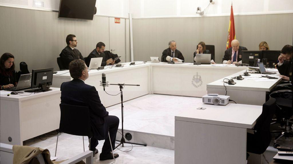 Juicio a Marcos Vega Gómez,exembajador Finlandia