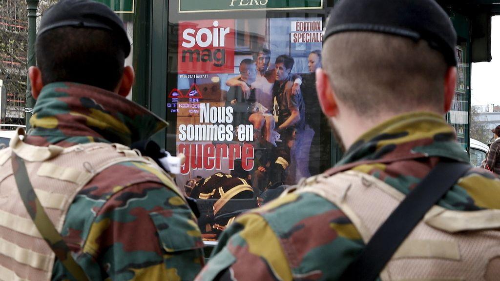 Los militares patrullan por el centro de Bruselas