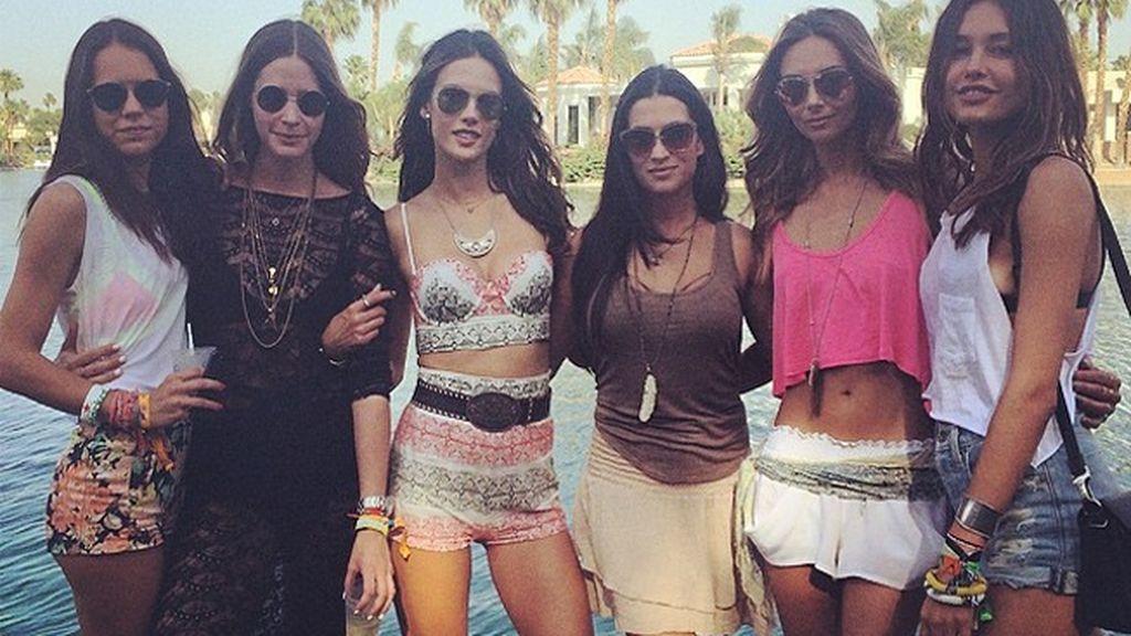 """Las celebrities deslumbran con sus mejores looks """"hippies"""" en el festival Coachella 2014"""