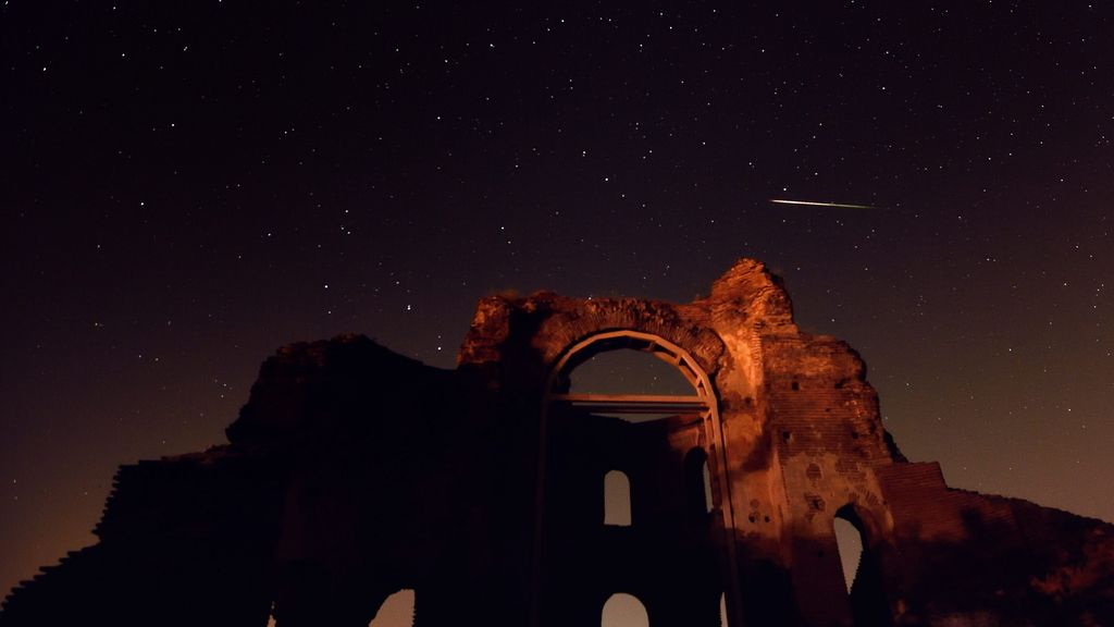 "Lluvia de meteoritos sobre la basílica cristiana bizantina ""Iglesia Roja"" en Bulgaria"