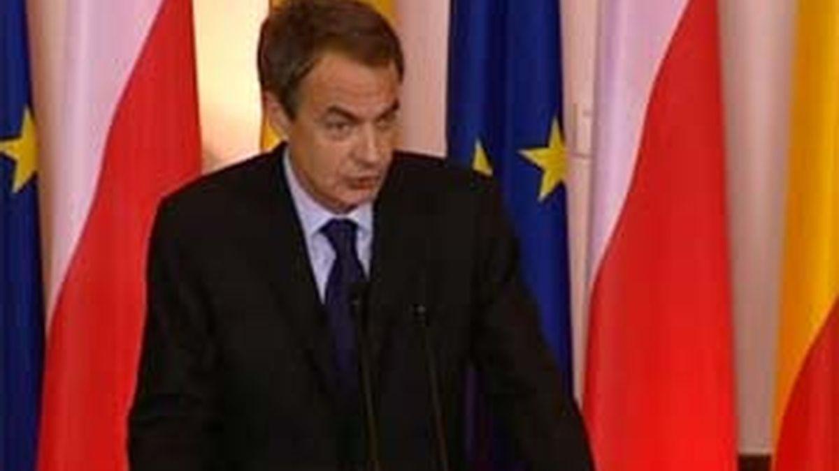 """El presidente del Gobierno, José Luis ´Rodríguez Zapatero, asegura que la situación está """"encauzada"""". Video. ATLAS"""