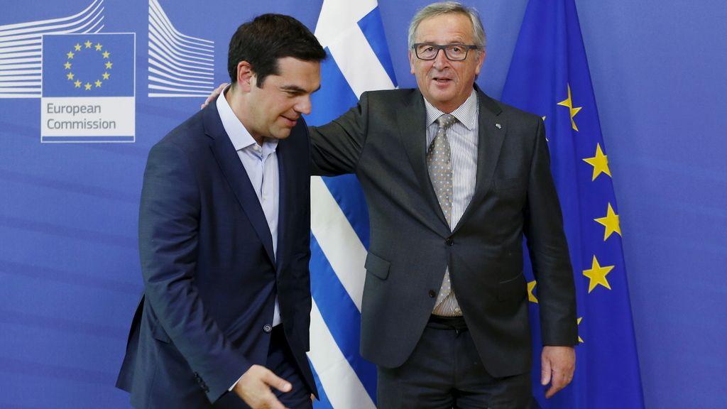 Alexis Tsipras y Jean-Claude Juncker