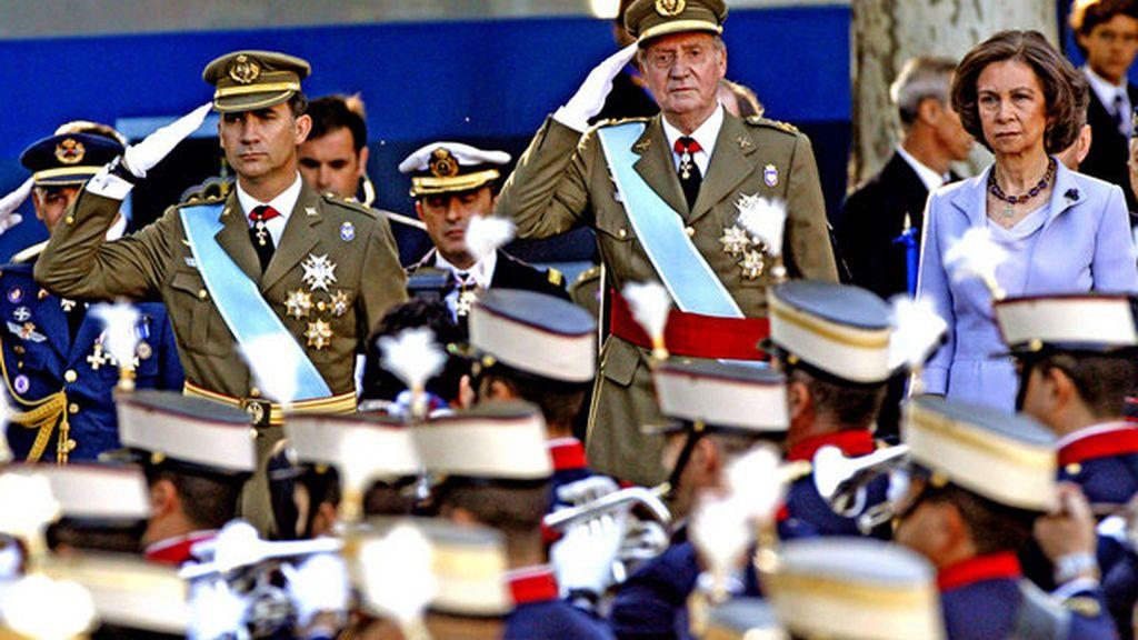El Príncipe debuta presidiendo el 12 de octubre, marcado por los recortes