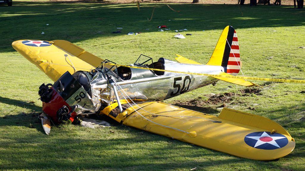 El actor sufre un accidente con una de sus avionetas