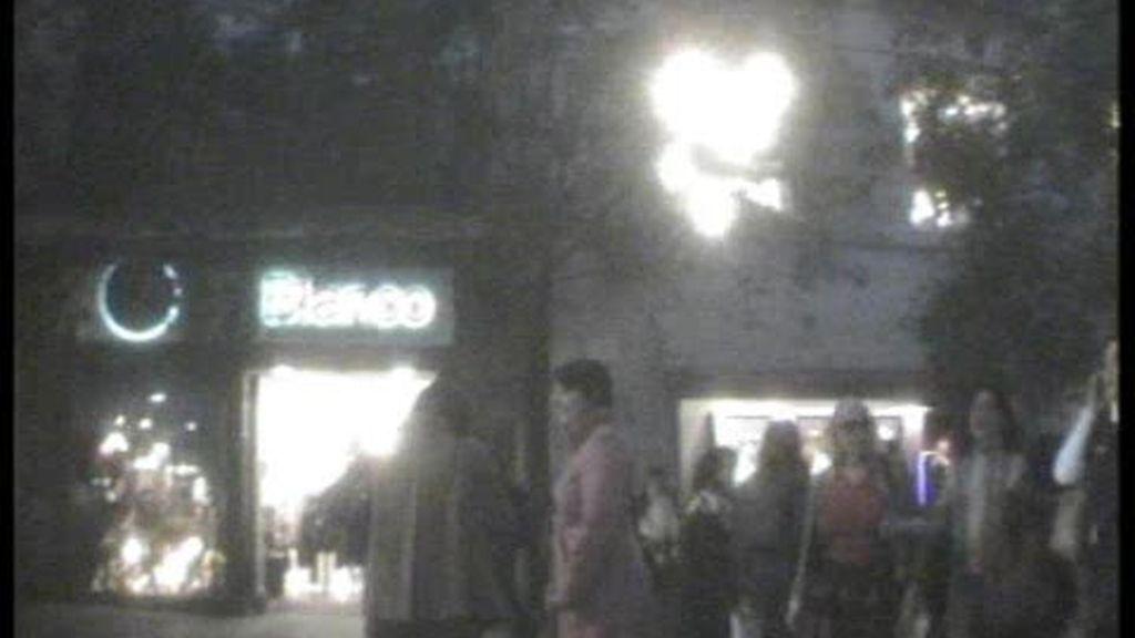 En una de las calles más céntricas y concurridas de Madrid, hemos encontrado un piso en el que se ejerce la prostitución de lujo