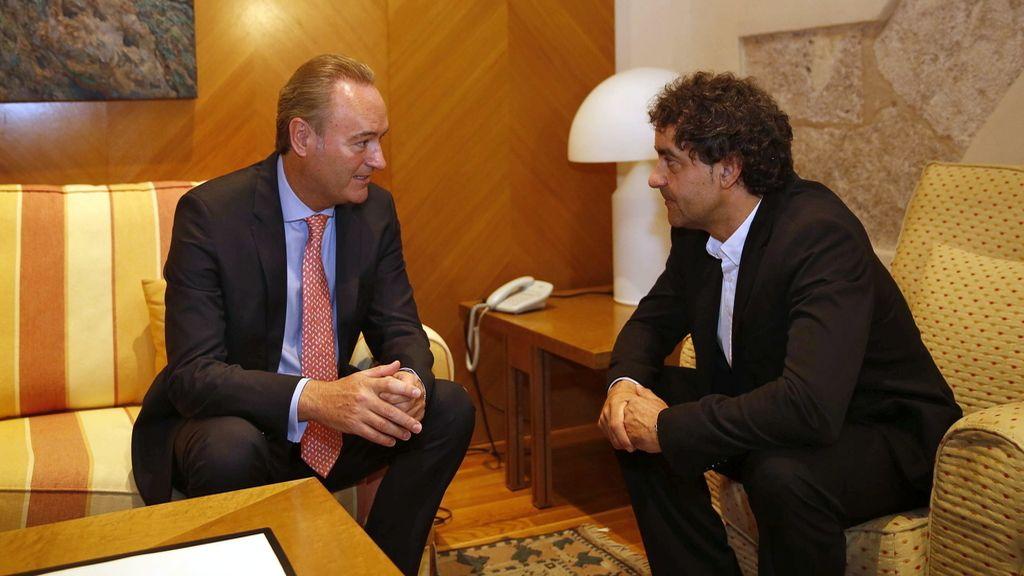 Albert Fabra, presidente en funciones de Valencia, reunido con el president de Les Corts, Francesc Colomer