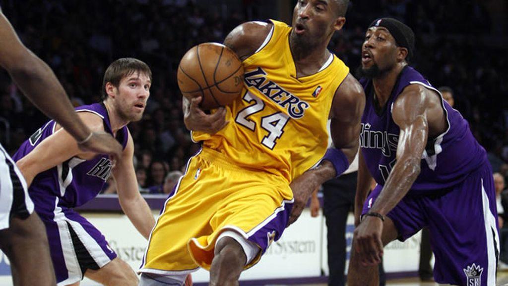 Kobe Bryan en un partido contra los Kings