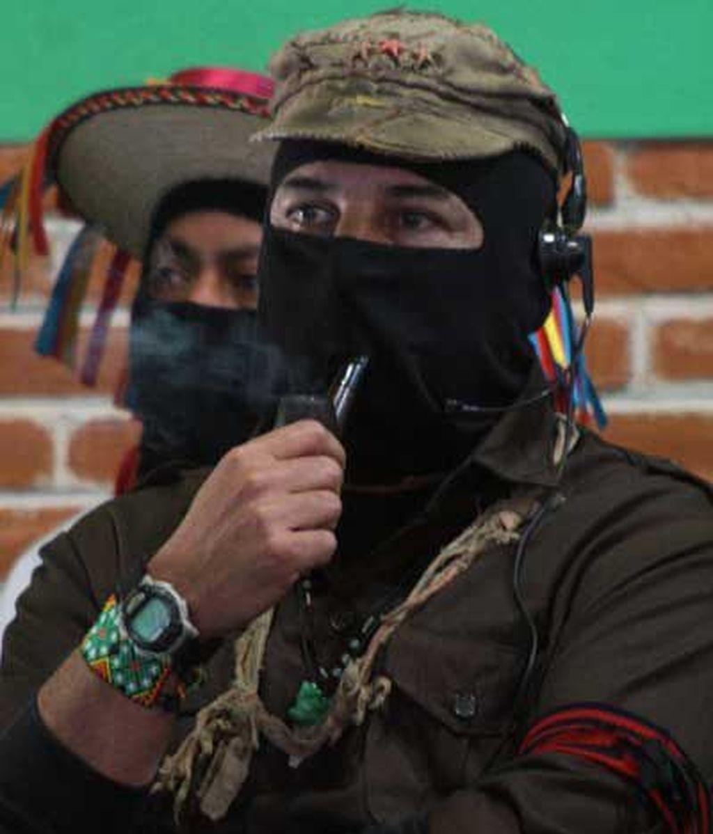 Reaparece el subcomandante Marcos