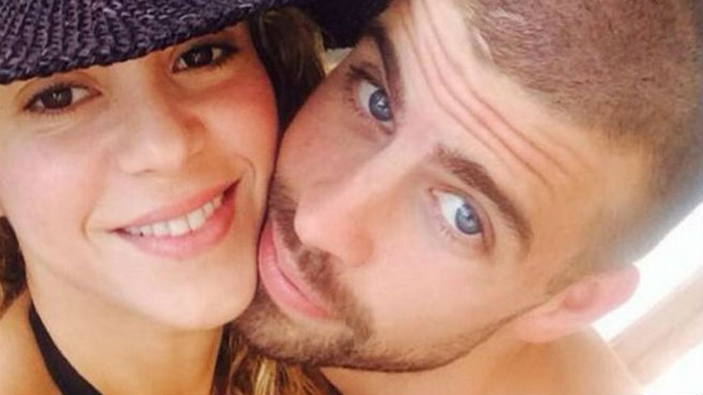 Una vida a base de selfies, Shakira y Piqué nos han contado los avances de su relación día a día en 2014